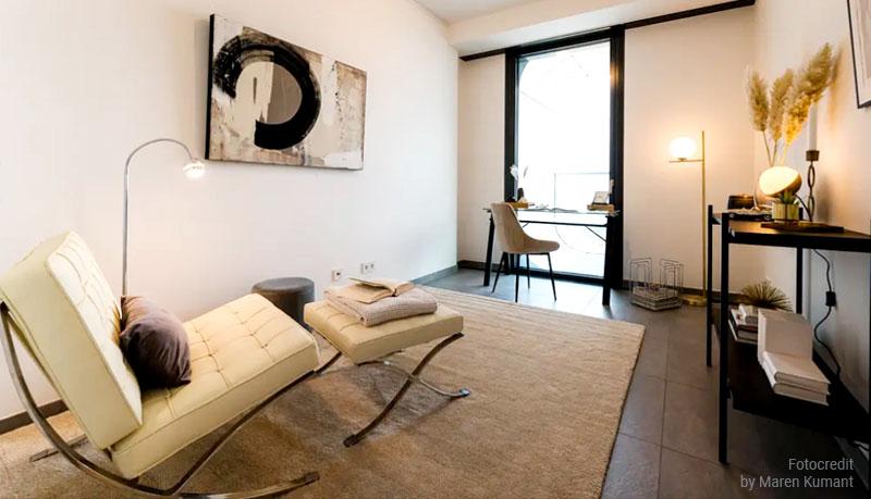 Abstrakte Kunst Wohnzimmer