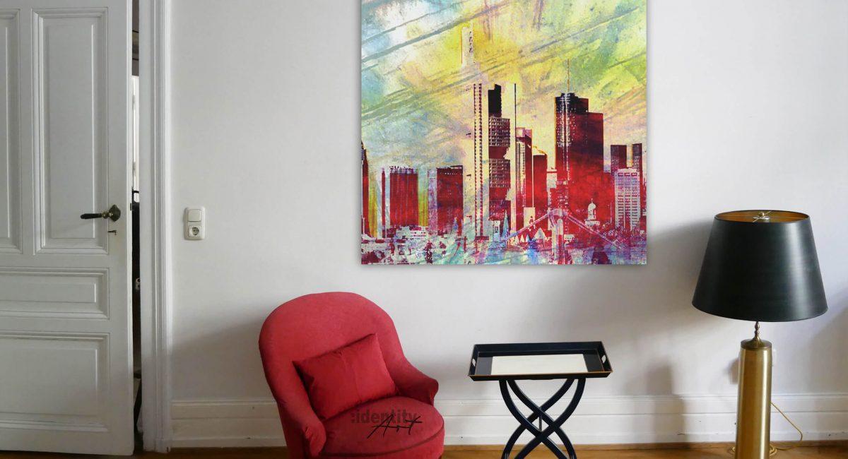 Dieses Bild passt perfekt zum Ambiente. Tolles Pendant zum roten Sessel.
